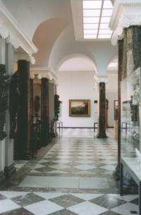 Eingangshalle des Heylshofs